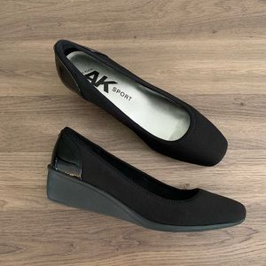 NIB Anne Klein Sport Wisher Wedges